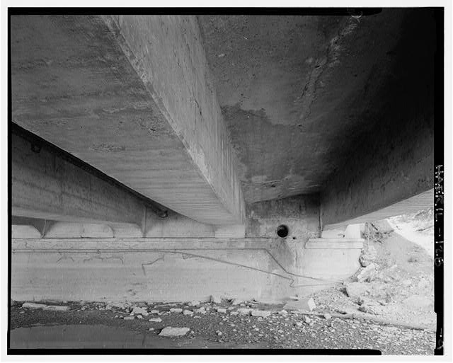 9.  UNDERSIDE, SOUTH SIDE OF EAST SUPPORT - Main Street Bridge, Spanning Fox River at State Route 72, West Dundee, Kane County, IL