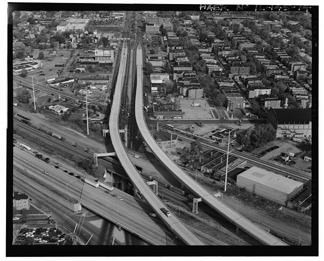 14.  AERIAL VIEW, LOOKING DUE NORTH ALONG STONY ISLAND AVENUE. CHICAGO SKYWAY TOWARD BOTTOM OF FRAME. - Chicago Skyway Toll Bridge, I-90, for 7.8 miles from South State Street to Indiana state line, Chicago, Cook County, IL