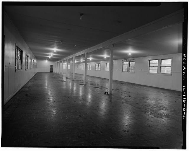 6.  BARRACKS, LONGER BUILDING, INTERIOR OF LIVING QUARTERS. - NIKE Missile Base C-84, Longer Barracks, South of Launch Area Entrance Drive, Barrington, Cook County, IL