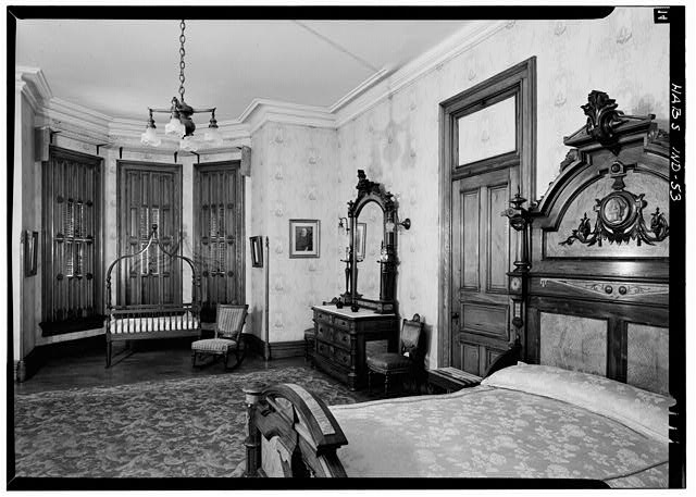 August 1970 PRESIDENT'S BEDROOM, SECOND FLOOR CENTER, FROM NORTH - Benjamin Harrison House, 1230 North Delaware Street, Indianapolis, Marion County, IN