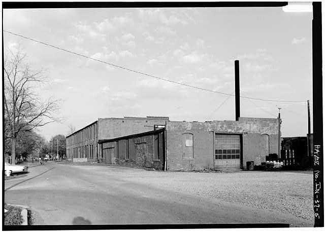 5.  VIEW OF WEST(REAR) AND NORTH SIDE FROM WEST - Anderson Carriage Manufacturing Company, Twenty-fifth & Walton Streets, Anderson, Madison County, IN