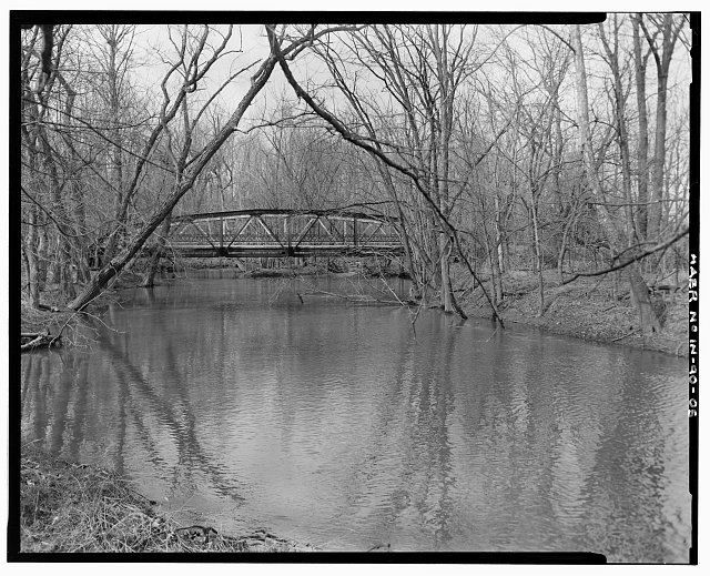 5.  VIEW LOOKING NORTH, SHOWING THE SOUTH SIDE OF THE BRIDGE. - Madison County Bridge 90, Spanning Killbuck Creek on County Road No. 600, Moonville, Madison County, IN
