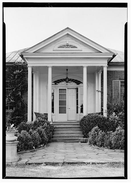 7.  Historic American Buildings Survey Lester Jones, Photographer May 26, 1940 ENTRANCE DETAIL - Ridgeway, 4095 Massey Avenue, Saint Matthews, Jefferson County, KY