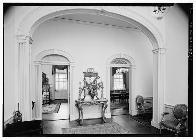 9.  Historic American Buildings Survey Lester Jones, Photographer May 26, 1940 ENTRANCE HALL - Ridgeway, 4095 Massey Avenue, Saint Matthews, Jefferson County, KY