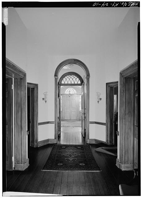 23.  CENTRAL HALLWAY, SHOWING DOORS, FROM NORTHEAST TO SOUTHWEST (FRONT), FIRST FLOOR - Farmington, 3033 Bardstown Road, Louisville, Jefferson County, KY
