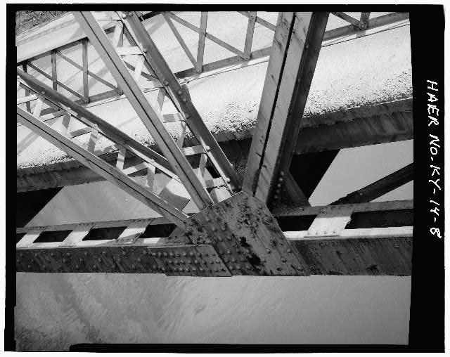 8.  DETAIL VIEW OF LOWER PANEL POINT - Kentucky Route 840 Bridge, Spanning Cumberland River, Loyall, Harlan County, KY