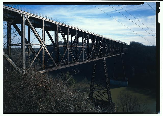 Highbridge from north abutment looking southeast. Duplicate color view of HABS KY-37-5 - High Bridge, 4 miles Southwest of Wilmore, High Bridge, Jessamine County, KY