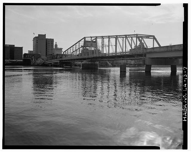 7.  SWING SPAN NORTHWEST ELEVATION, LOOKING EAST TOWARD MONROE, LA. - DeSiard Street Bridge, Spanning Ouachita River, Monroe, Ouachita Parish, LA