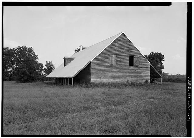 VIEW SOUTHEAST, GENERAL VIEW, NORTH AND WEST ELEVATIONS - Magnolia Plantation, Cotton Gins & Presses, LA Route 119, Natchitoches, Natchitoches Parish, LA