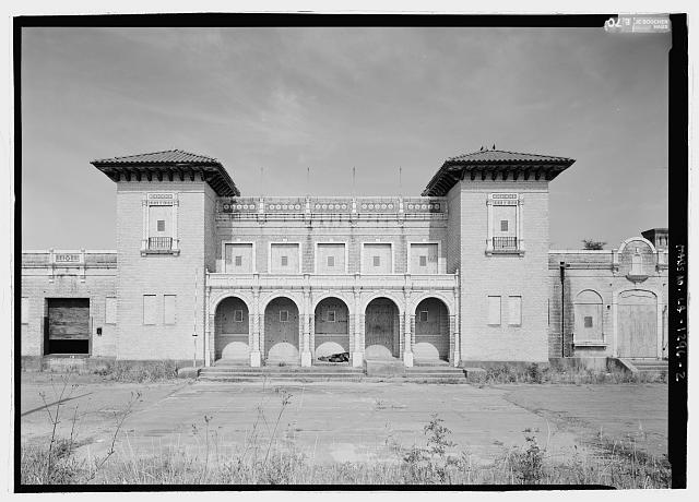 2.  Close view of east front elevation, central section to show entrance, with scale - Texas & Pacific Railway Depot, Seventh Street, Natchitoches, Natchitoches Parish, LA