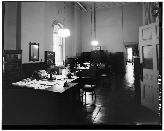 6.  INTERIOR OFFICE - Customs House, Griswold & Larned Streets, Detroit, Wayne County, MI