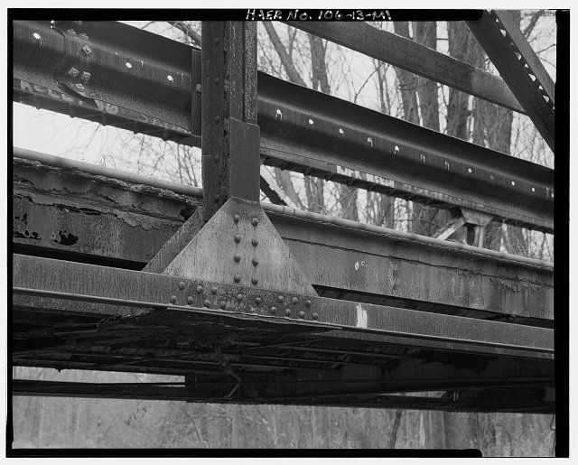 13.  DETAIL OF BOTTOM CHORD AND VERTICAL POST CONNECTION ON WEST TRUSS, VIEW SOUTHEAST - Twenty Mile Road Bridge, Spanning St. Joseph River on Twenty Mile Road, Tekonsha, Calhoun County, MI