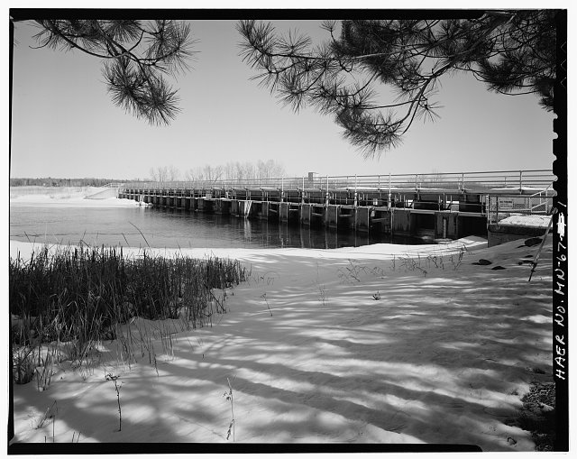 1.  Upstream view of dam, looking northeast - Leech Lake Reservoir Dam, Federal Dam, Cass County, MN