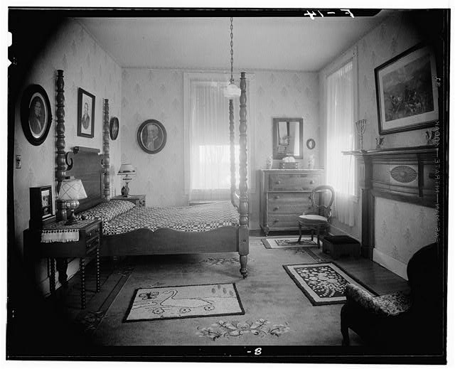1950s bedroom courtesy of the library of congress