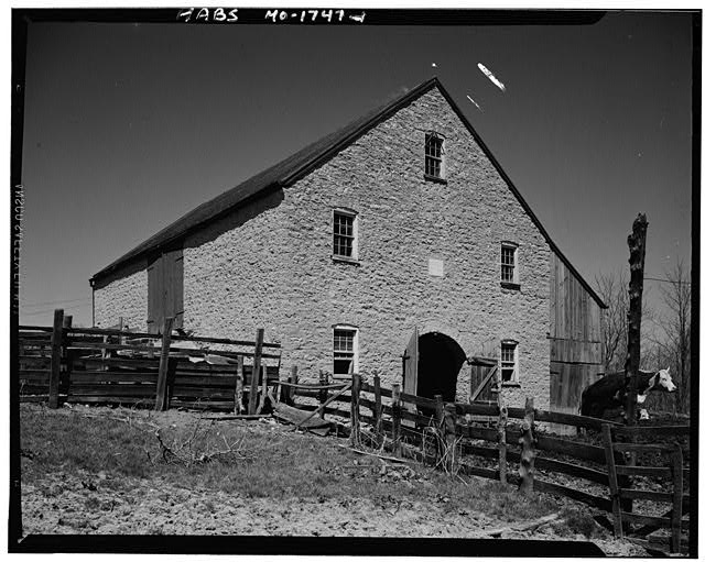 1.  EXTERIOR - Brinker Barn, Highway 100, Washington, Franklin County, MO