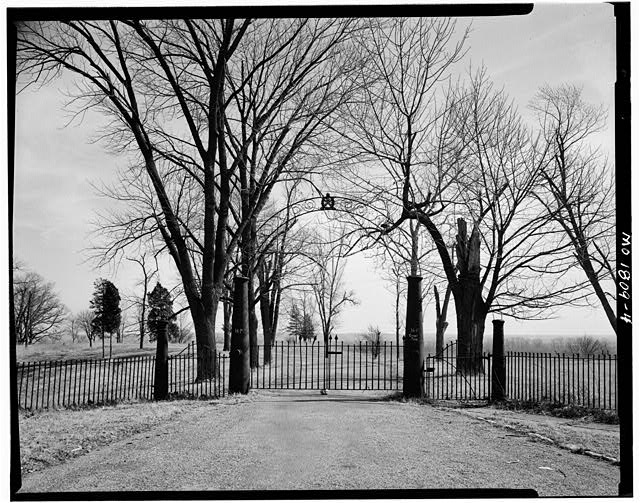 4.  Gate to scenic overlook above Mississippi River. 1959 - Jefferson Barracks, Jefferson Barracks, St. Louis County, MO