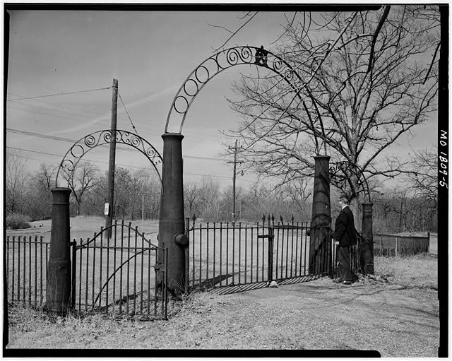 5.  Oblique view of Gate 1959 - Jefferson Barracks, Jefferson Barracks, St. Louis County, MO
