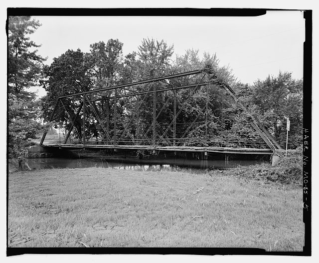 5.  East web of bridge. View to southwest. - Lupus Bridge, Spanning Splice Creek at Moniteau County Road 4, Lupus, Moniteau County, MO