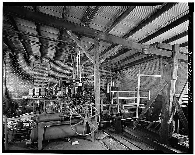 16.  Randall Page, Photographer, April 1978. INTERIOR VIEW OF POWER HOUSE. - Glencoe Cotton Mills, State Routes 1598 & 1600, Glencoe, Alamance County, NC