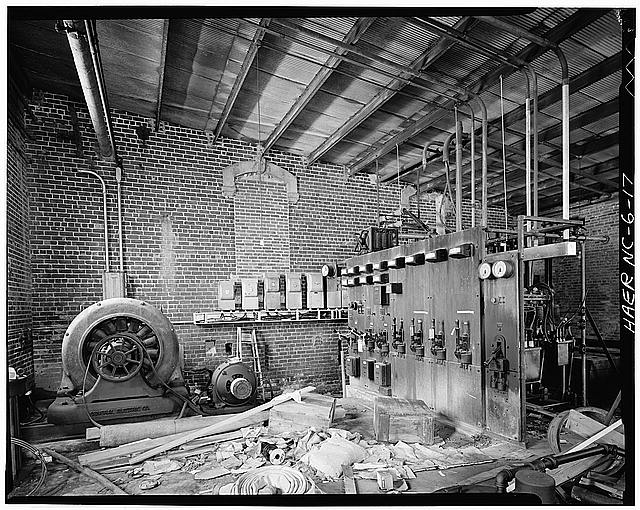 17.  Randall Page, Photographer, April 1978. INTERIOR VIEW OF POWER HOUSE. - Glencoe Cotton Mills, State Routes 1598 & 1600, Glencoe, Alamance County, NC