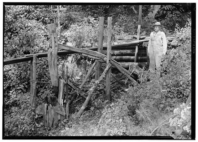 3.  Historic American Buildings Survey, Edouard E. Exline, Photographer September 22, 1935 GENERAL VIEW, PESTLE IN RAISED POSITION. - Pounding Mill, Pioneer Museum, Route 441 (moved from Deep Creek), Cherokee, Swain County, NC
