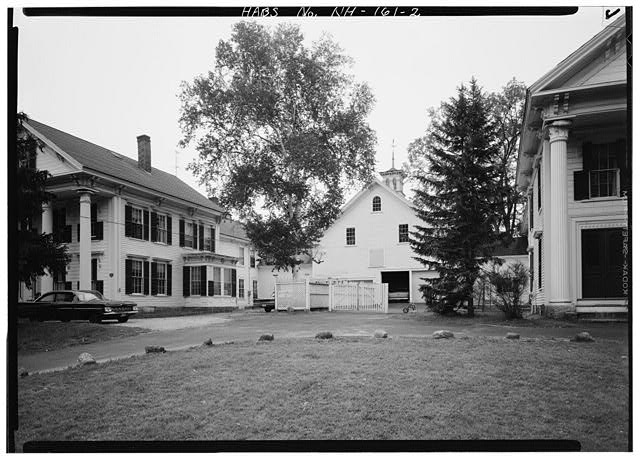 2.  FRONT VIEW, WITH BARN BETWEEN HOUSES - Dutton Twin Houses, Main Street (Route 202), Hillsboro, Hillsborough County, NH