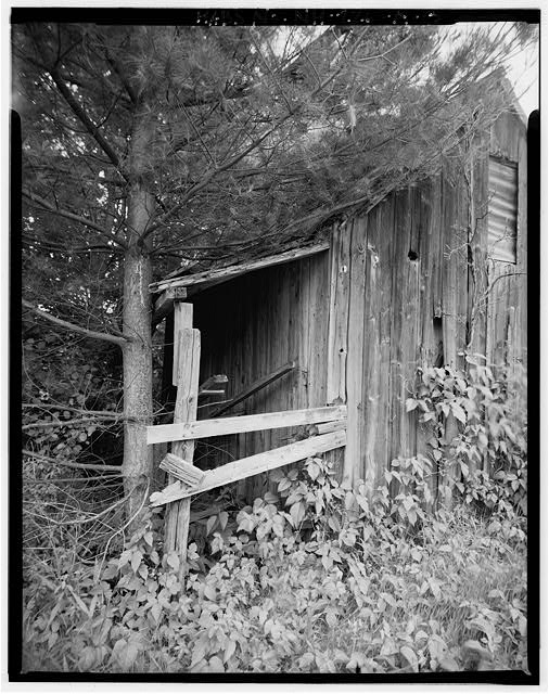3.  View southeast, detail of storage tank platform - Harvey L. White Farm, Sap House, East side of Route 202, approximately 600 feet north of Hillsborough-Antrim town line, Hillsboro, Hillsborough County, NH