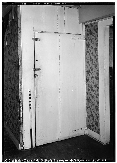 6.  Historic American Buildings Survey George Neuschafer, Photographer April 15, 1941 INTERIOR - CELLAR STAIR DOOR - Daniel Dood House, 339 Franklin Street, Bloomfield, Essex County, NJ