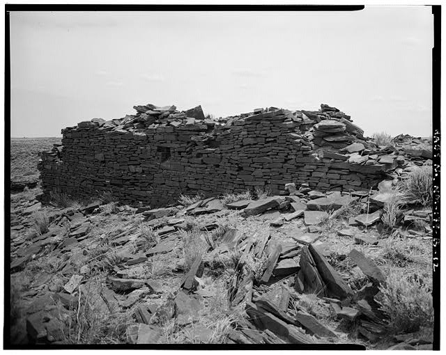 12.  North wall, view towards southeast - Indian Creek, Casa Cielo, Indian Creek, Crownpoint, McKinley County, NM