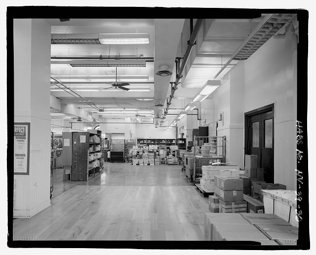 INTERIOR FIRST FLOOR VIEW, POST OFFICE WORKROOM, FACING WEST - United States Post Office & Court House, 300 East Steward Avenue, Las Vegas, Clark County, NV