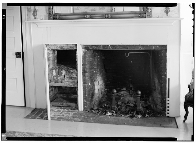 3.  Historic American Buildings Survey, May 12, 1936, N. E. Baldwin, Photographer, VIEW - LIVING ROOM FIREPLACE. - Black Horse Tavern, Johnstown, Fulton County, NY