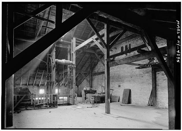 4.  Historic American Buildings Survey, Cervin Robinson, Photographer February 1961, ATTIC LOOKING SOUTH. - Phoenix-Shaw Warehouse, 68-70 Front Street, New York, New York County, NY