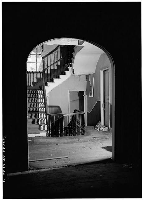 13.  STAIRHALL AND STAIRCASE, SECOND FLOOR, FROM EAST - General Worth Hotel, 213-215 Main Street, Hudson, Columbia County, NY