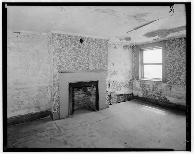 9.  THIRD FLOOR, BEDROOM, VIEW OF FIREPLACE AND WINDOW - Jacob Houseman House & Office, 2 Front Street, New York, New York County, NY