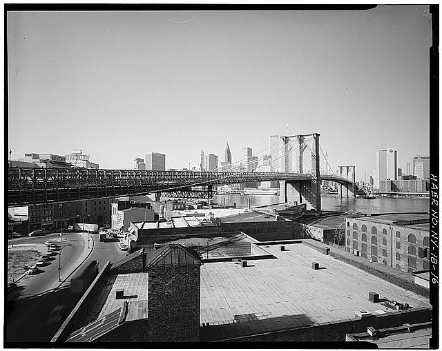 16.  View looking NW from warehouse rooftop on Water Street in Brooklyn. Jet Lowe, photographer, 1982. - Brooklyn Bridge, Spanning East River between Park Row, Manhattan and Sands Street, Brooklyn, New York, New York County, NY