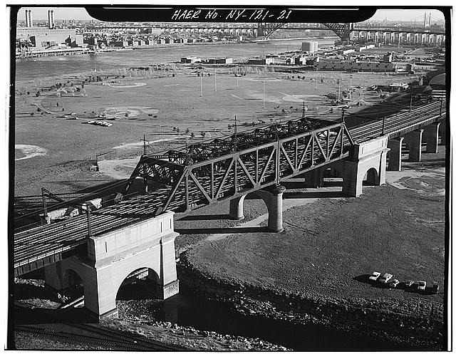21.  New York Connecting Railroad: Bronx Kill Bridge. Randalls Island, New York Co., NY. Sec. 4207, MP 8.54. - Northeast Railroad Corridor, Amtrak Route between New Jersey/New York &amp; New York/Connecticut State Lines, New York, New York County, NY