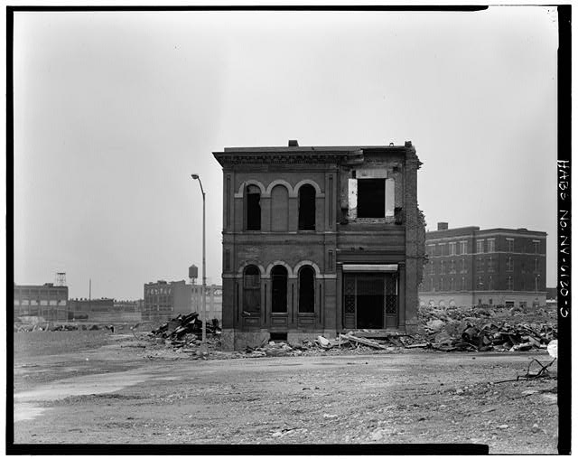 View northeast showing southwest elevation. Credit: Library of Congress (HABS NY,24-BROK,48A-3)