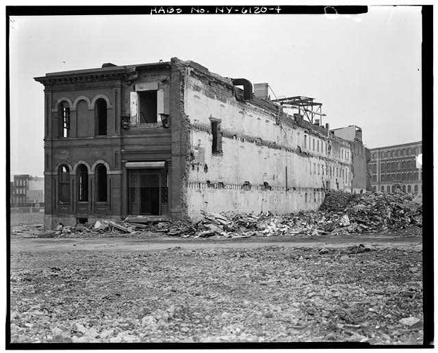 View north showing southwest and southeast elevations. Credit: Library of Congress (HABS NY,24-BROK,48A-4)