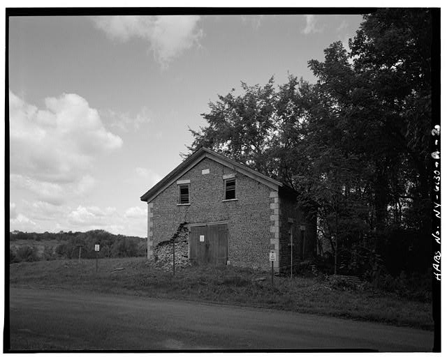 2.  VIEW NORTHWEST, STRUCTURE AND ADJACENT FIELDS - Hiram Lay Carriage House, Mays Point Road, Tyre, Seneca County, NY