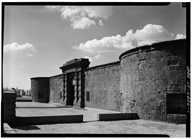 1.  PERSPECTIVE VIEW (NORTHWEST) OF MAIN GATE - Castle Clinton, Battery Park, New York, New York County, NY