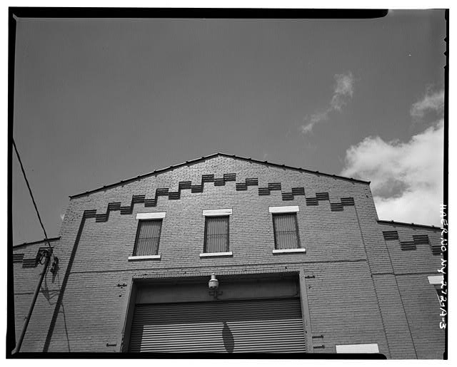 3.  DETAIL OF EAST ELEVATION OF MAIN BAY, SHOWING CORBELLING - Oldman Boiler Works, Boilershop, 32 Illinois Street, Buffalo, Erie County, NY