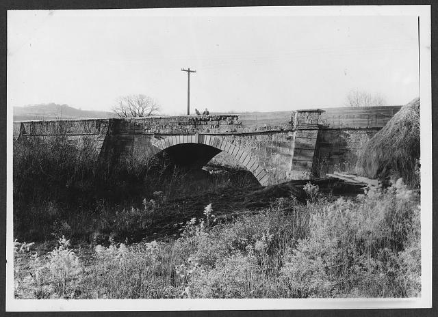 - Bridge on Old National Road, West Cambridge on U.S. Highway 40, Cambridge, Guernsey County, OH