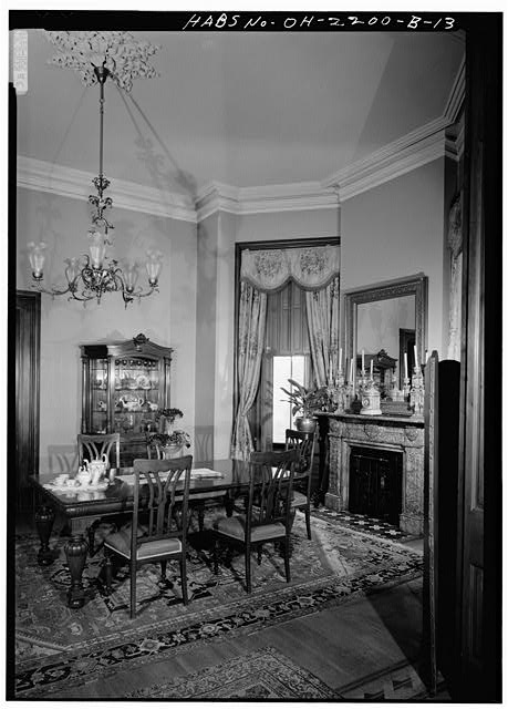 11.  DINING ROOM, LOOKING NORTHEAST - Skaats-Hauck House, 812 Dayton Street, Cincinnati, Hamilton County, OH