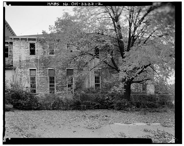 2.  VIEW EAST SHOWING WEST ELEVATION, KITCHEN WING - Southern Ohio Lunatic Asylum, 2335 Wayne Avenue, Dayton, Montgomery County, OH