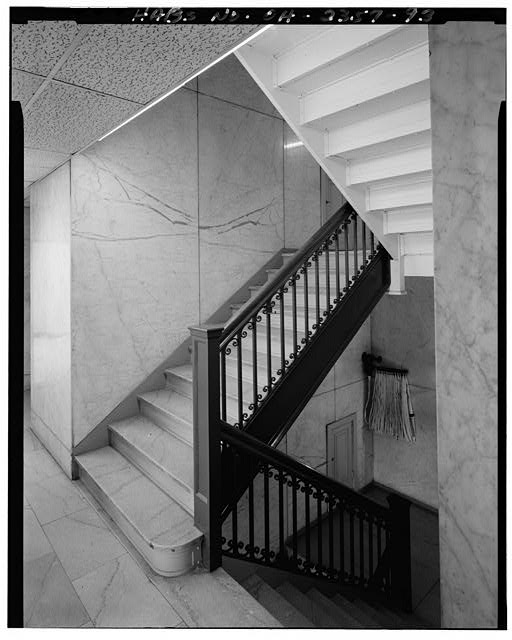93.  View east: stair well 4/13/89 - Brotherhood of Locomotive Engineers Building, 1365 Ontario Street, Cleveland, Cuyahoga County, OH