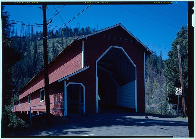 NORTHWEST BY 320 DEGREES - Office Bridge, Spanning North Fork of Middle Fork Willamette River, Old Mill Road (former logging road), Westfir, Lane County, OR
