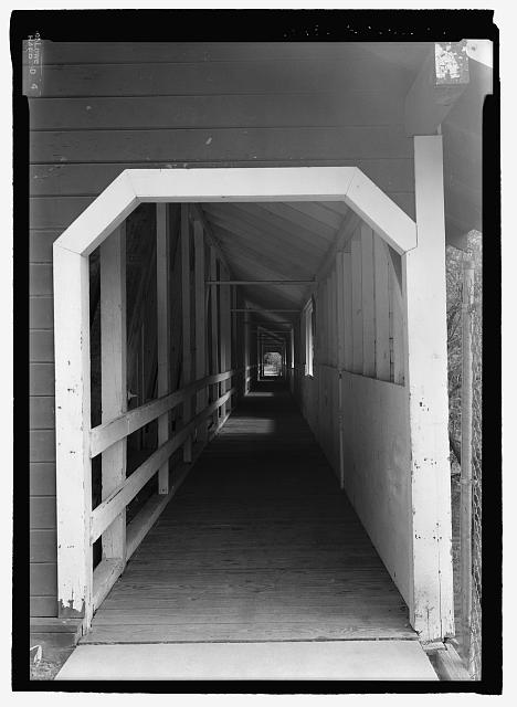 WEST PORTAL AND PEDESTRIAN WALKWAY - Office Bridge, Spanning North Fork of Middle Fork Willamette River, Old Mill Road (former logging road), Westfir, Lane County, OR