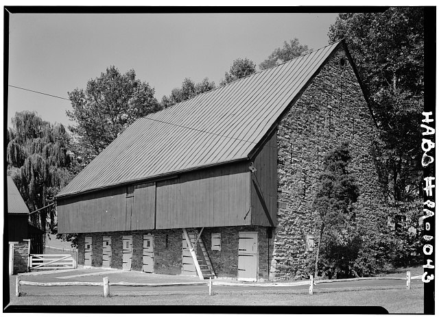 1.  Historic American Buildings Survey, Cervin Robinson, Photographer September, 1958 SOUTHEAST CORNER. - Abraham Knabb Barn, Oley Line Road vicinity (Oley Township), Oley, Berks County, PA