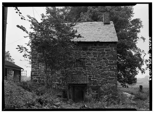 3.  Historic American Buildings Survey, Cervin Robinson, Photographer August, 1958 SOUTHEAST ELEVATION. - De Turck House, State Route 662 vicinity (Oley Township), Oley, Berks County, PA