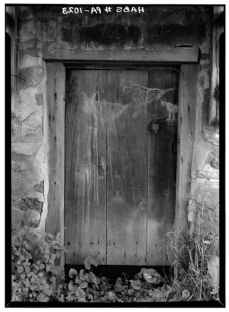 5.  Historic American Buildings Survey, Cervin Robinson, Photographer August, 1958 DOORWAY ON SOUTHEAST SIDE. - De Turck House, State Route 662 vicinity (Oley Township), Oley, Berks County, PA